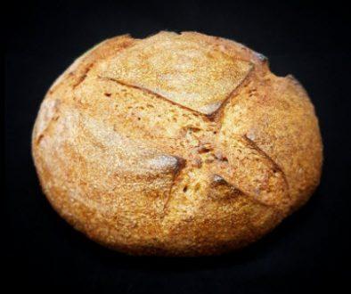 Recept: Celozrnný kváskový chlieb